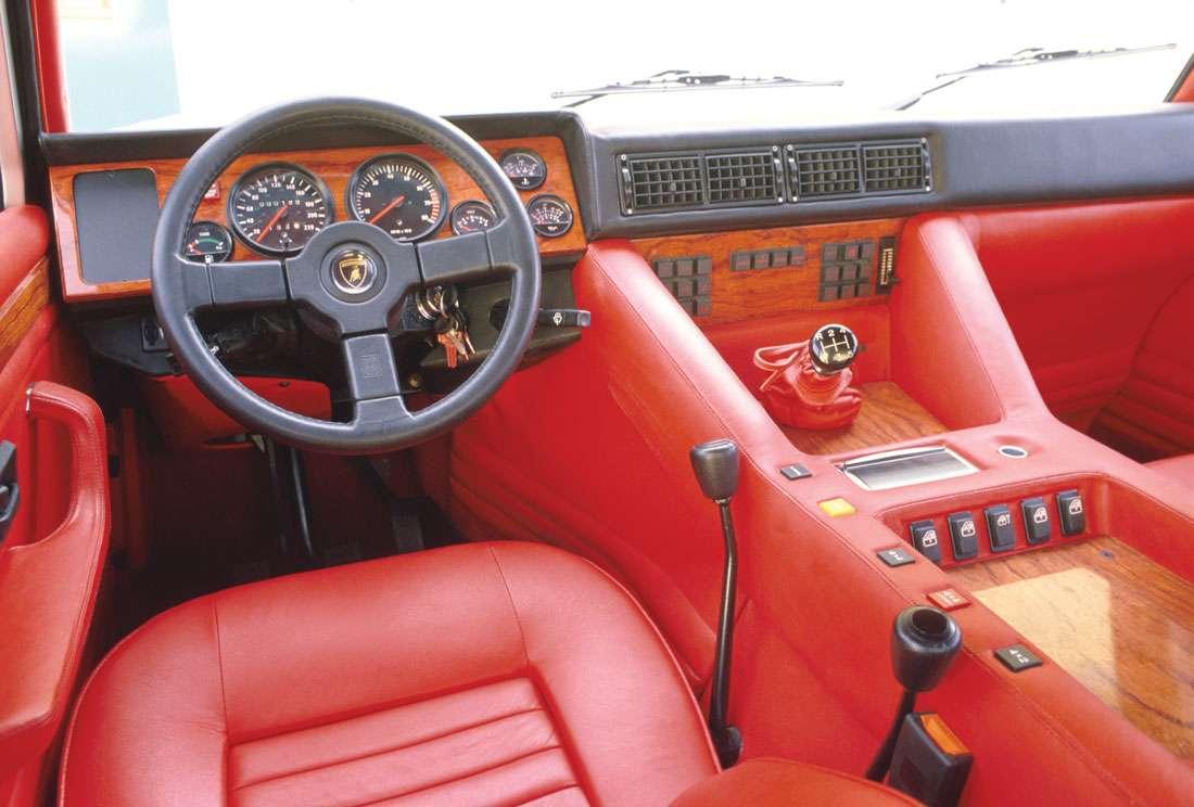 """Lamborghini LM002 """"Rambo Lambo"""
